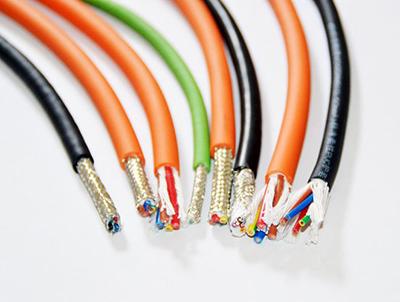 PUR高度柔性非屏蔽拖链电缆